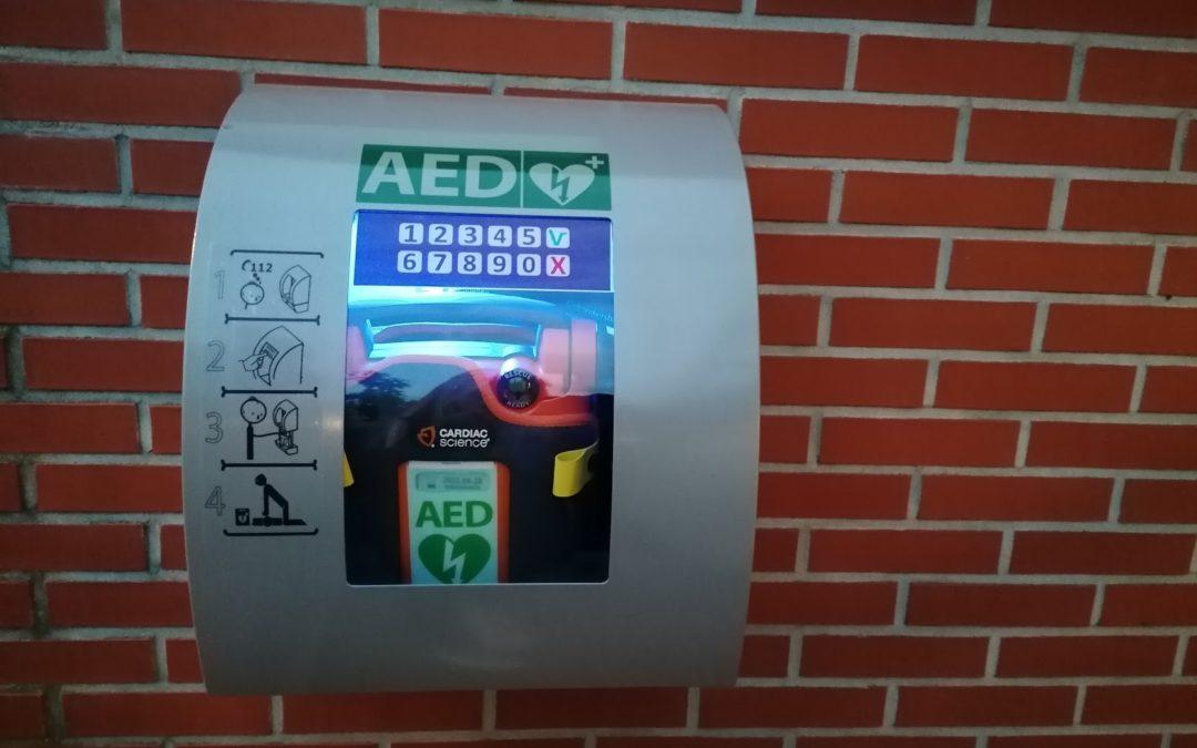 AED geplaatst bij Sparta